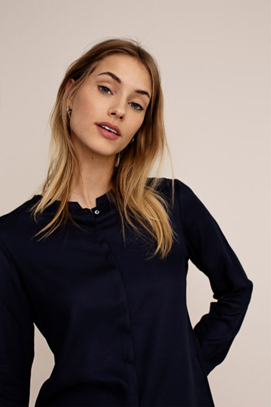 Sustainable blouse on platfrm from Arber