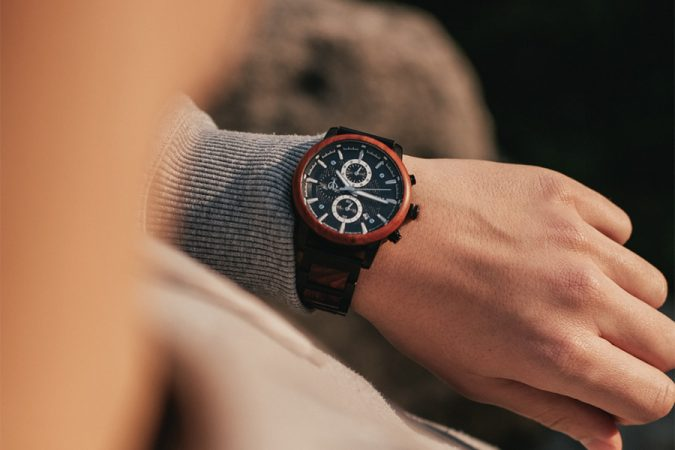 wooden watch from hot&tot